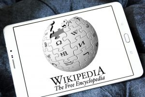 """Jimmy Wales: """"No Wikipedia token or ICO"""""""