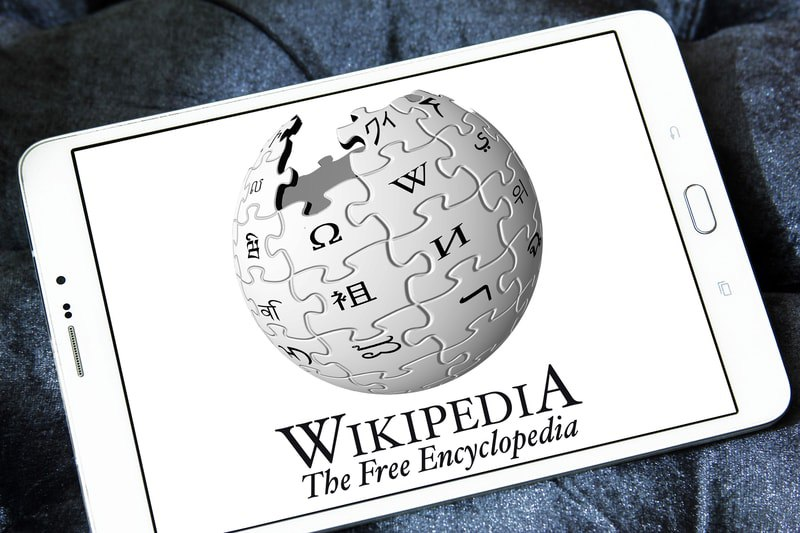 "Jimmy Wales: ""No Wikipedia token or ICO"""