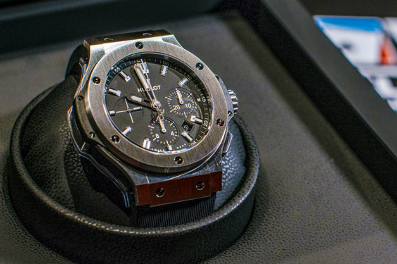 Hublot, a Bitcoin watch for the 10 year crypto anniversary