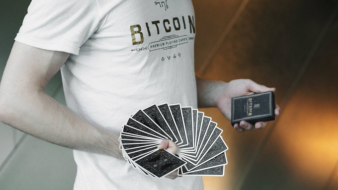 Bitcoin Puzzle, a board game inspired by the Blockchain