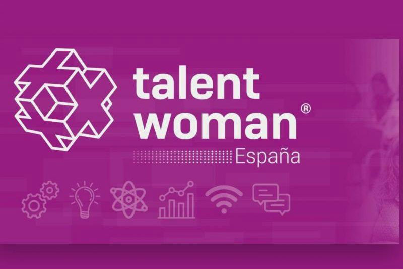 Sofia Casero: an 8-year-old girl explains the blockchain during Talent Woman
