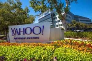 "Jerry Yang, Yahoo: ""The Blockchain is perfect for banks"""