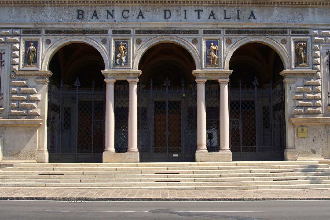Bank of Italy: crypto activities are useless and suspicious