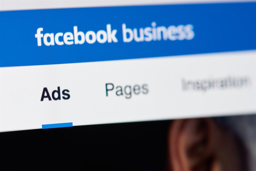 Facebook: green light for ads for crypto and blockchain