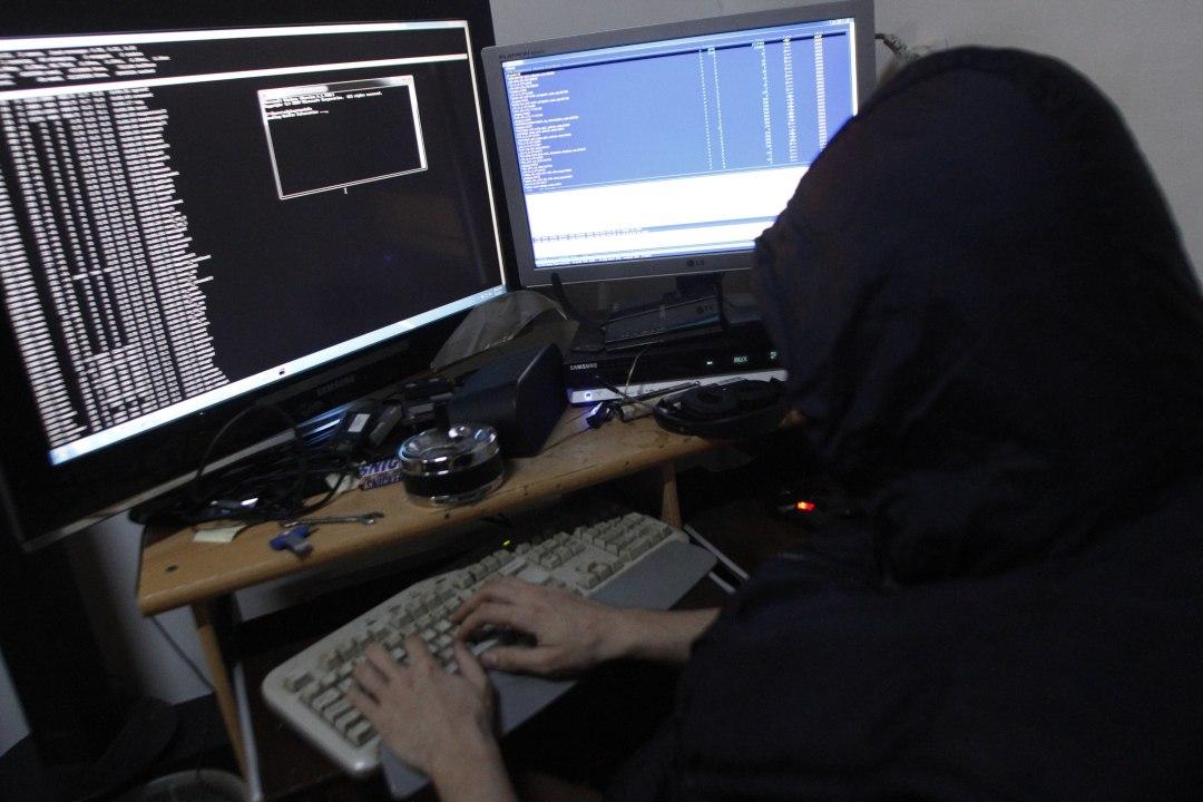Coinbase blocks a phishing attack