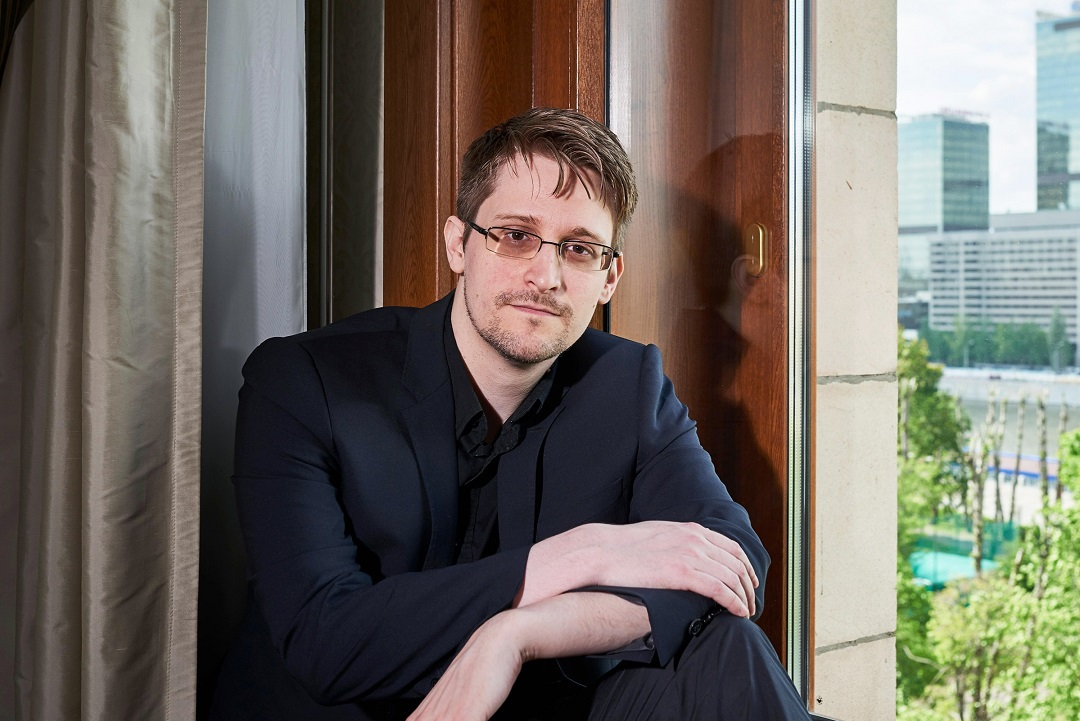 "Edward Snowden: ""Bitcoin's biggest shortfall is privacy"""