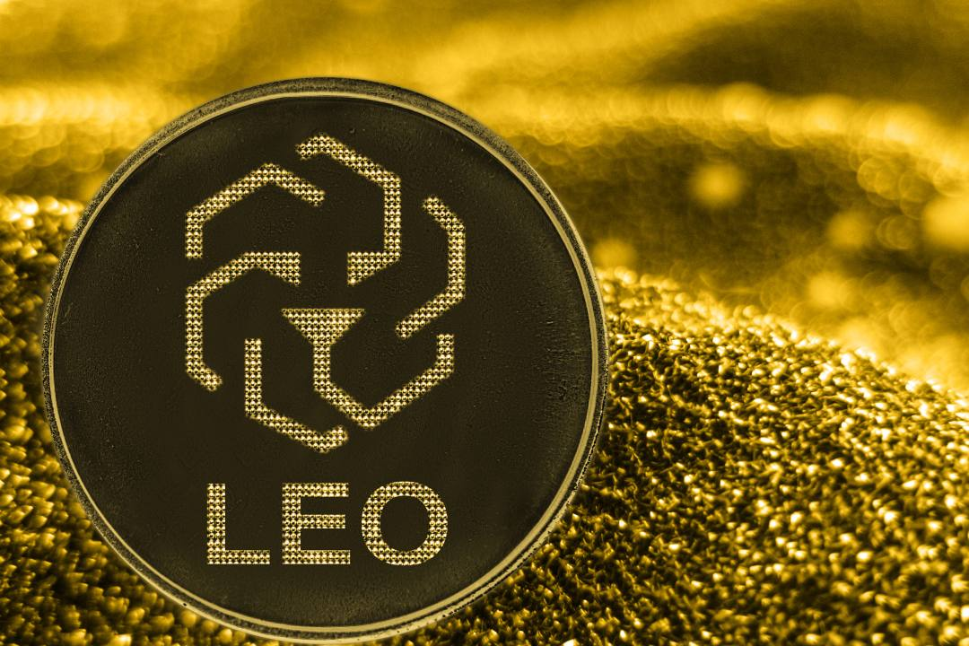 Report: is the smart contract of the LEO token unclear?