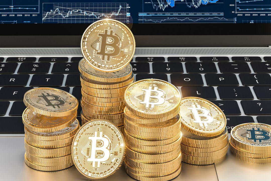 Bitcoin back at 12000 dollars