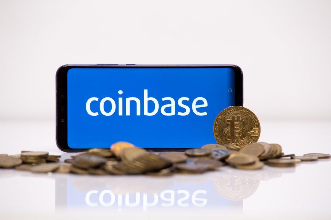 Coinbase acquires Xapo