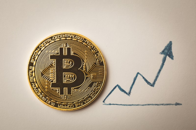Bitcoin, prices are trying to bounce back