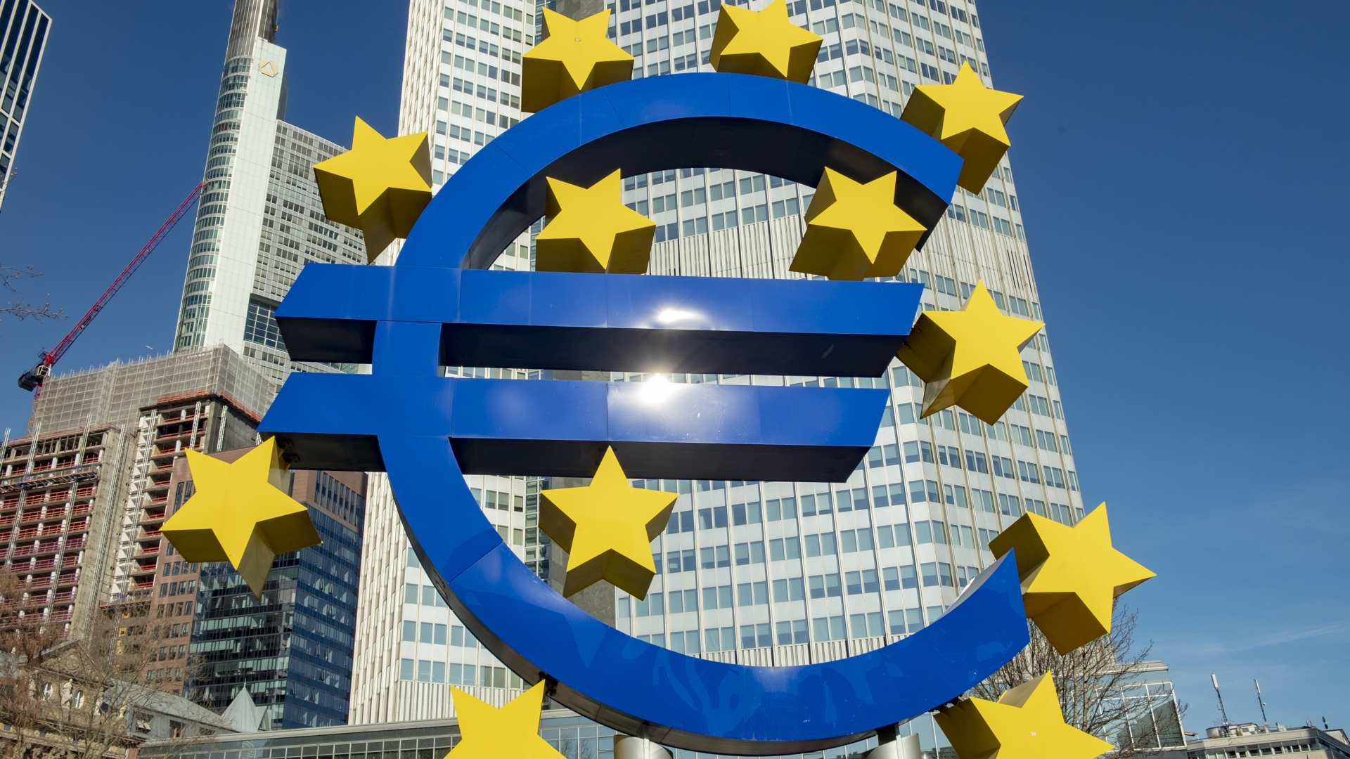 ECB ready to develop a European digital currency