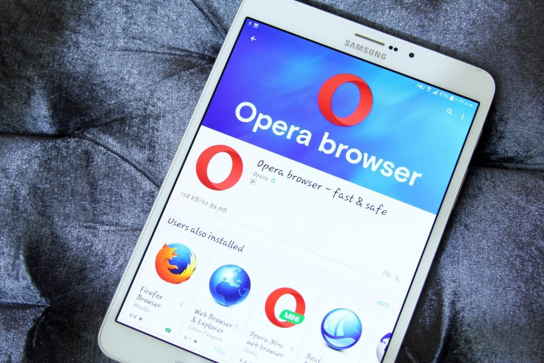 Opera Unstoppable Domains
