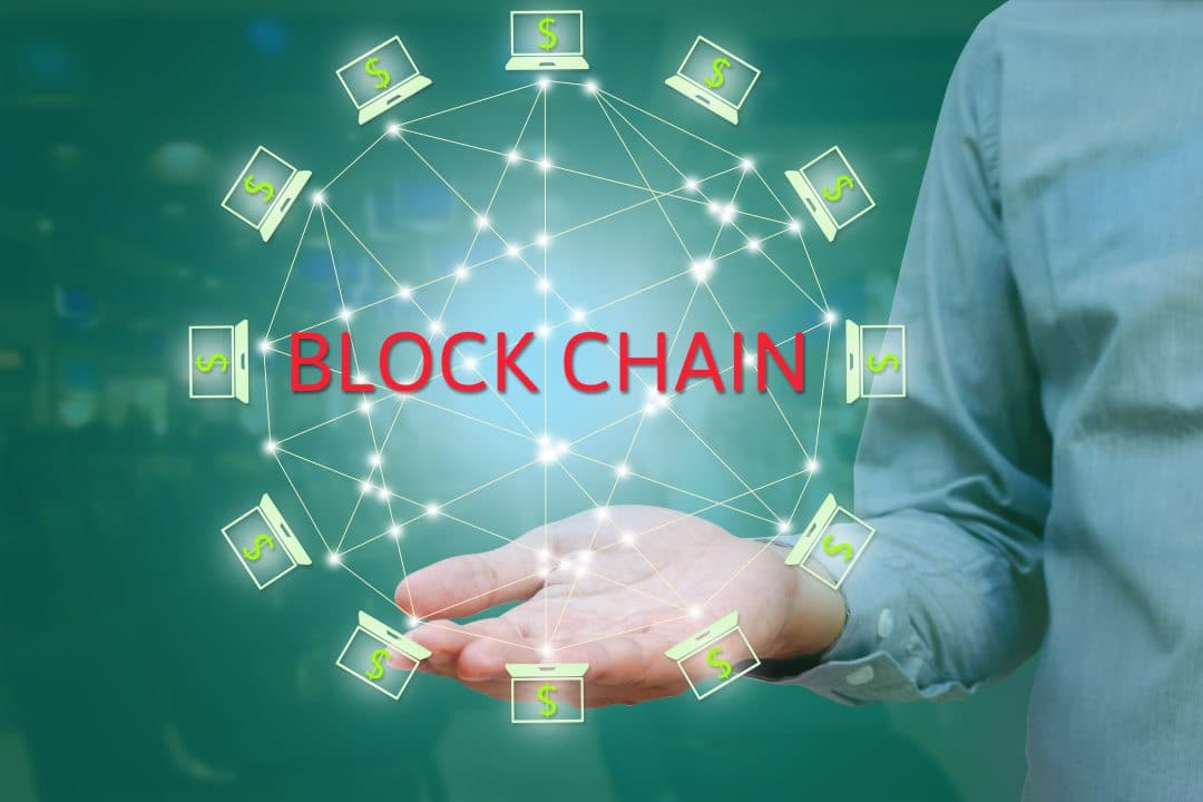 Blockchain and traceability: the implementation of new technologies in traditional sectors
