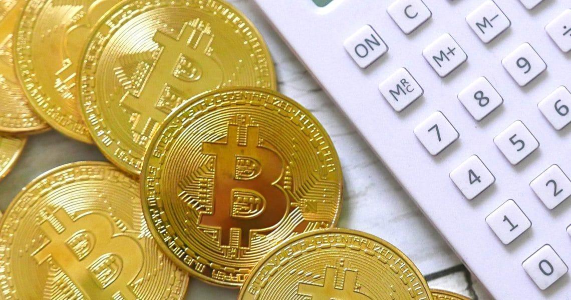 How do Bitcoin's fees work?