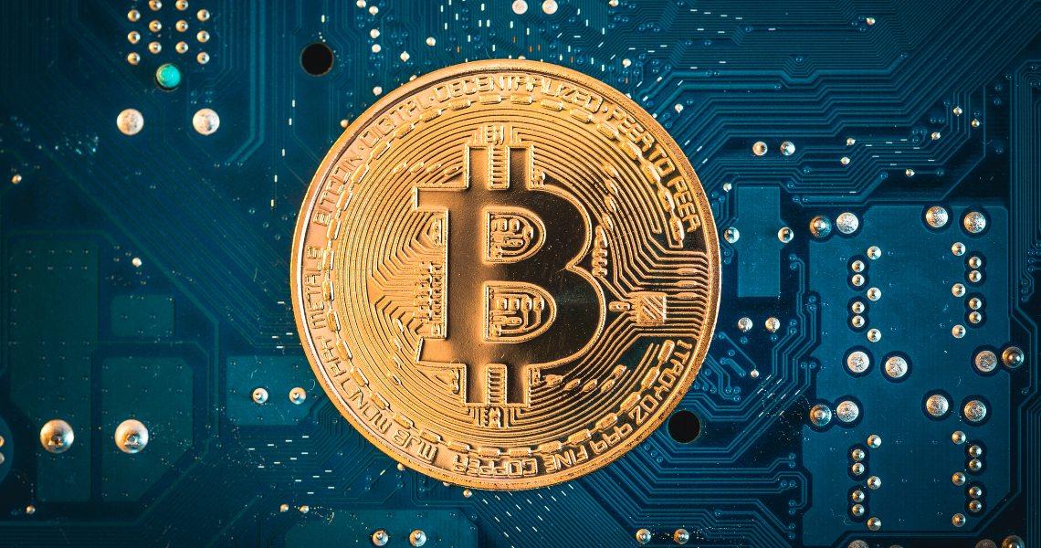 Bitcoin mining profitability dropped