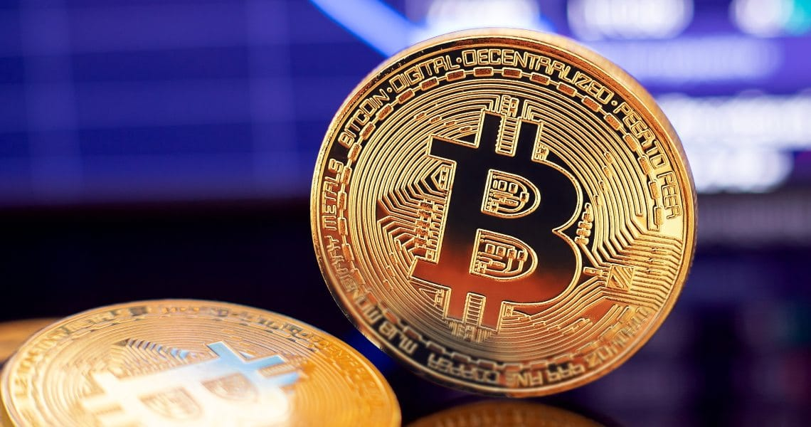 Bitcoin price fluctuations decrease