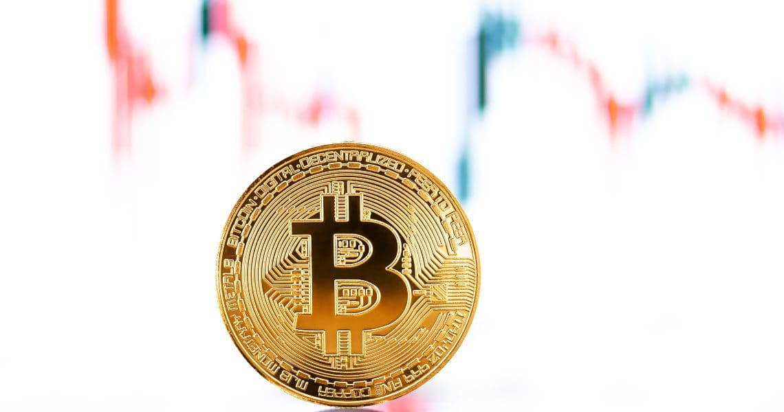 Bitcoin: pullback of prices continues