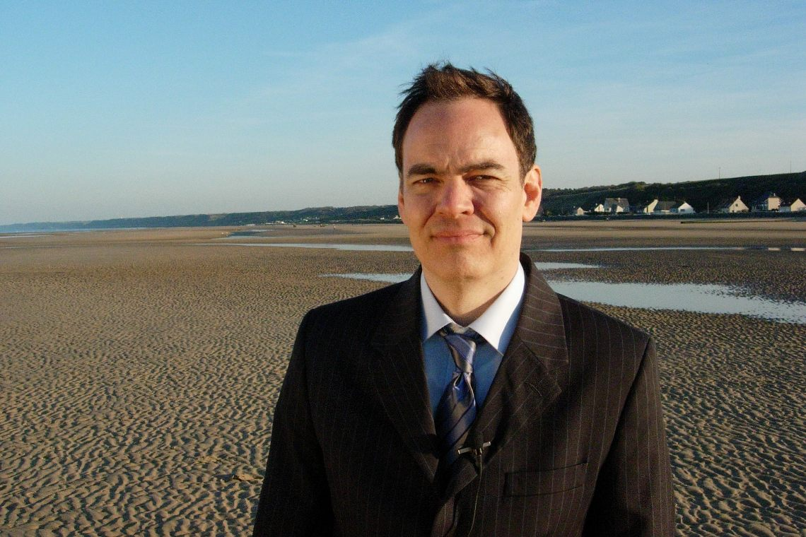 Who is Max Keiser and why does he think bitcoin will reach $400,000