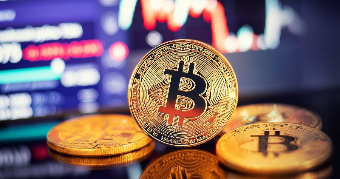 Bitcoin, record trades on spot and institutional derivatives