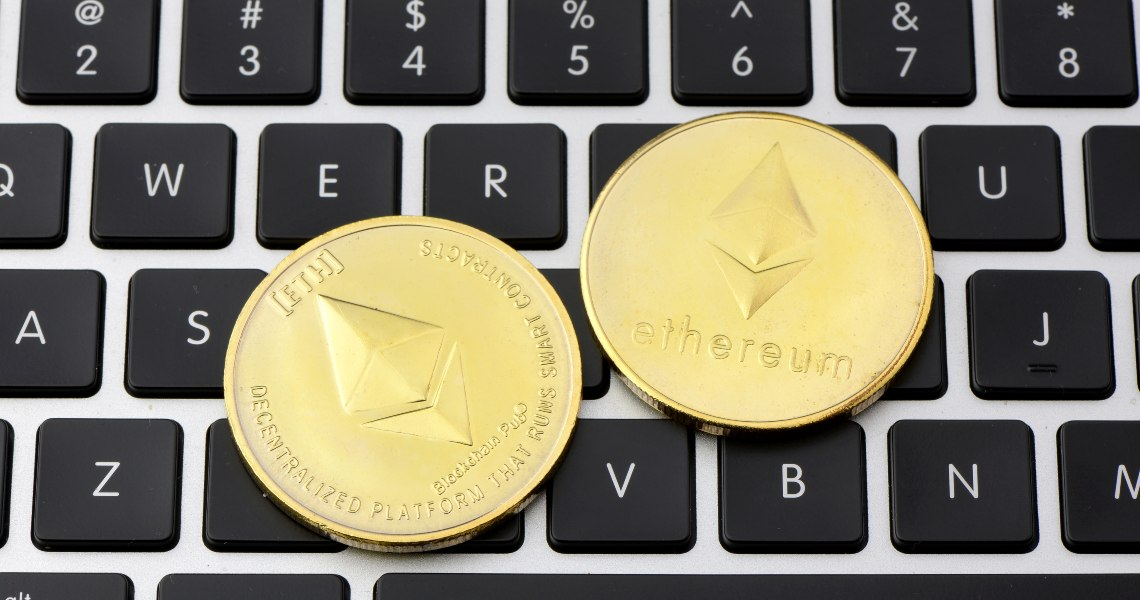 Ethereum: the number of active addresses is correlated to the price