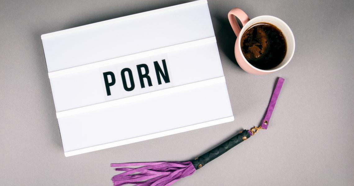 Porn and blockchain: an innovative approach
