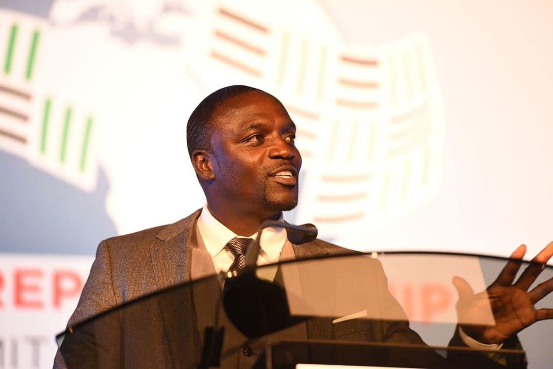 Akon chooses EOS and Sense.chat