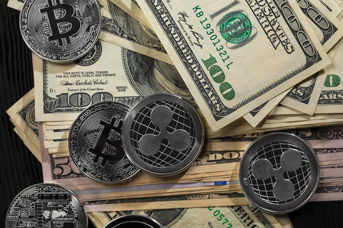 The CTO of Ripple has sold all his bitcoins