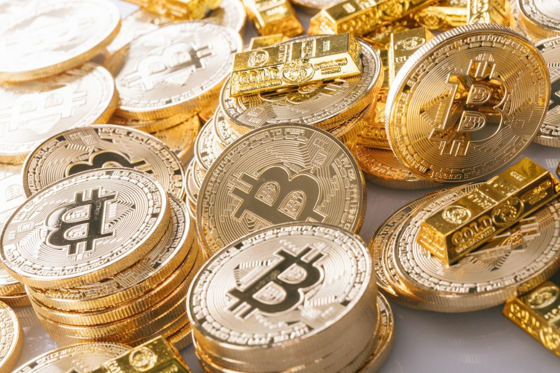 The price of Bitcoin is not following the rise of gold