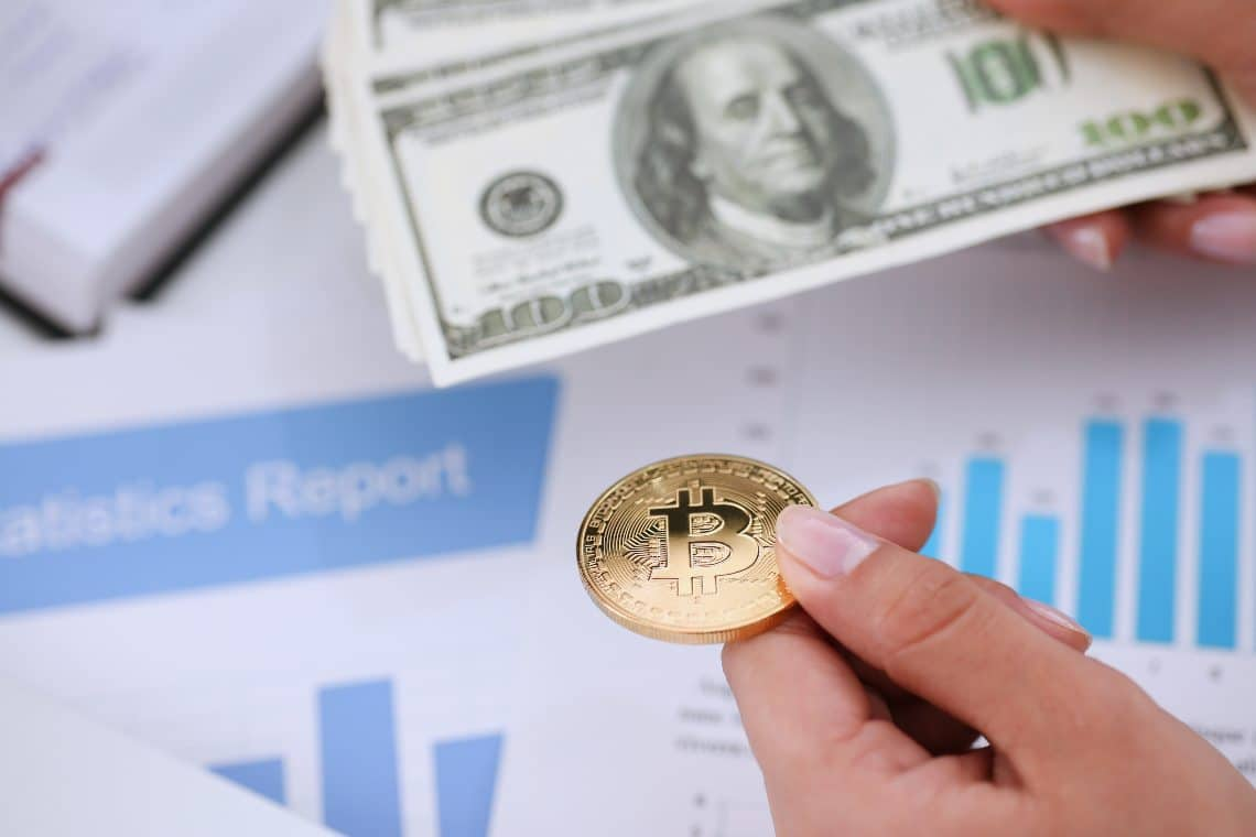 Bitcoin: profit-taking begins at higher levels