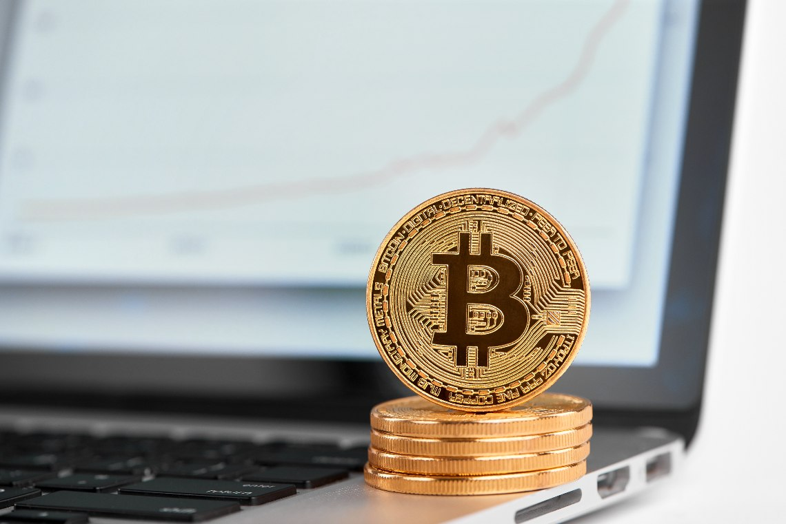 Bitcoin back on the rise, surpassing $10,600