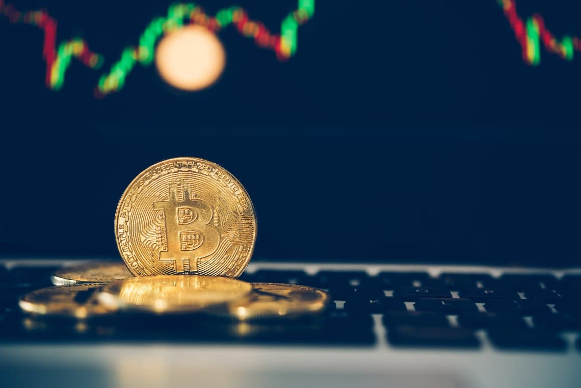 Expiry of bitcoin options: why volatility is not taken for granted