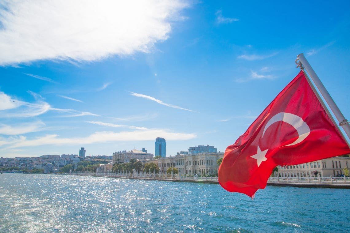 Paxful expands into Turkey with BiLira: adoption data in the country