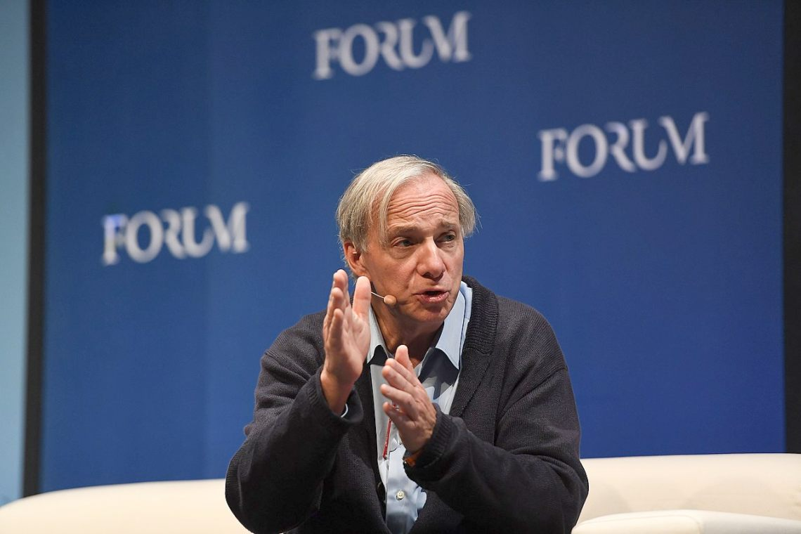 """Ray Dalio and doubts about Bitcoin: """"it could be made illegal"""""""