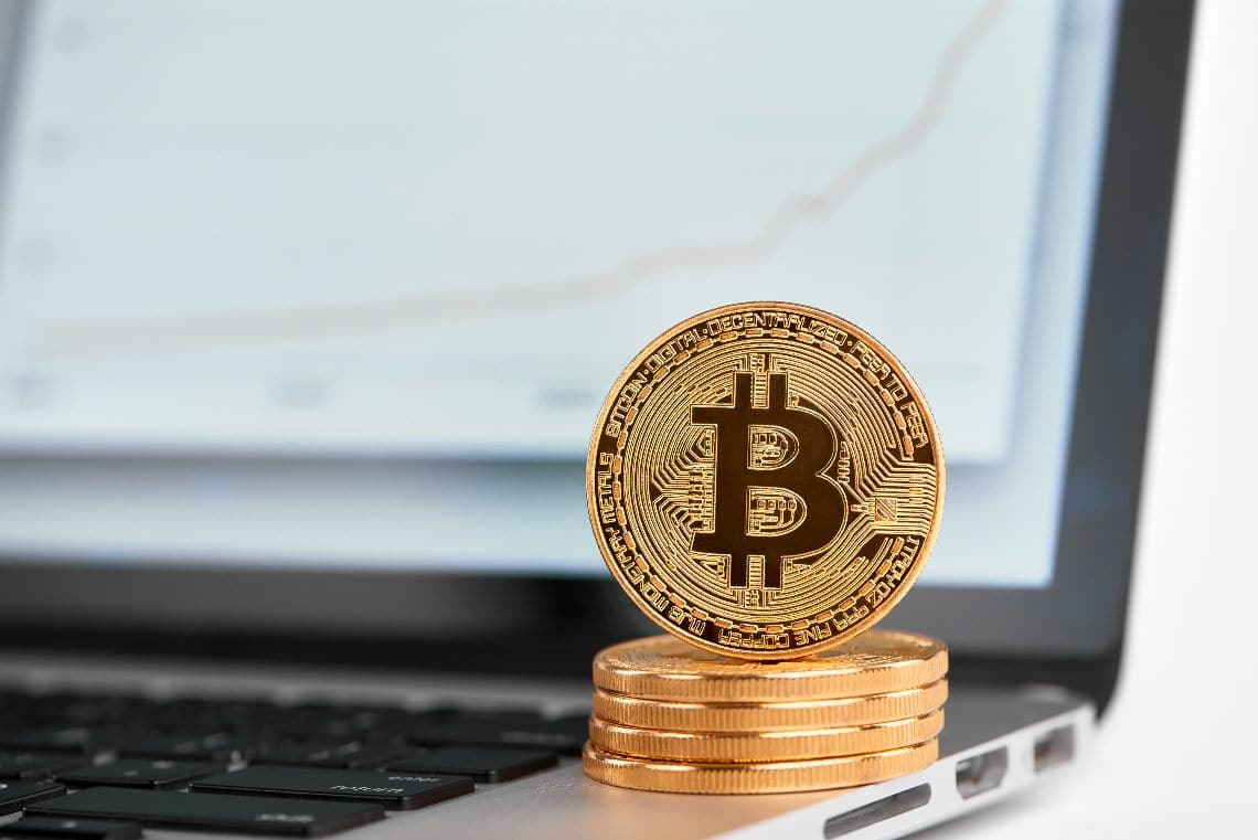 The price of Bitcoin is back to $17,000