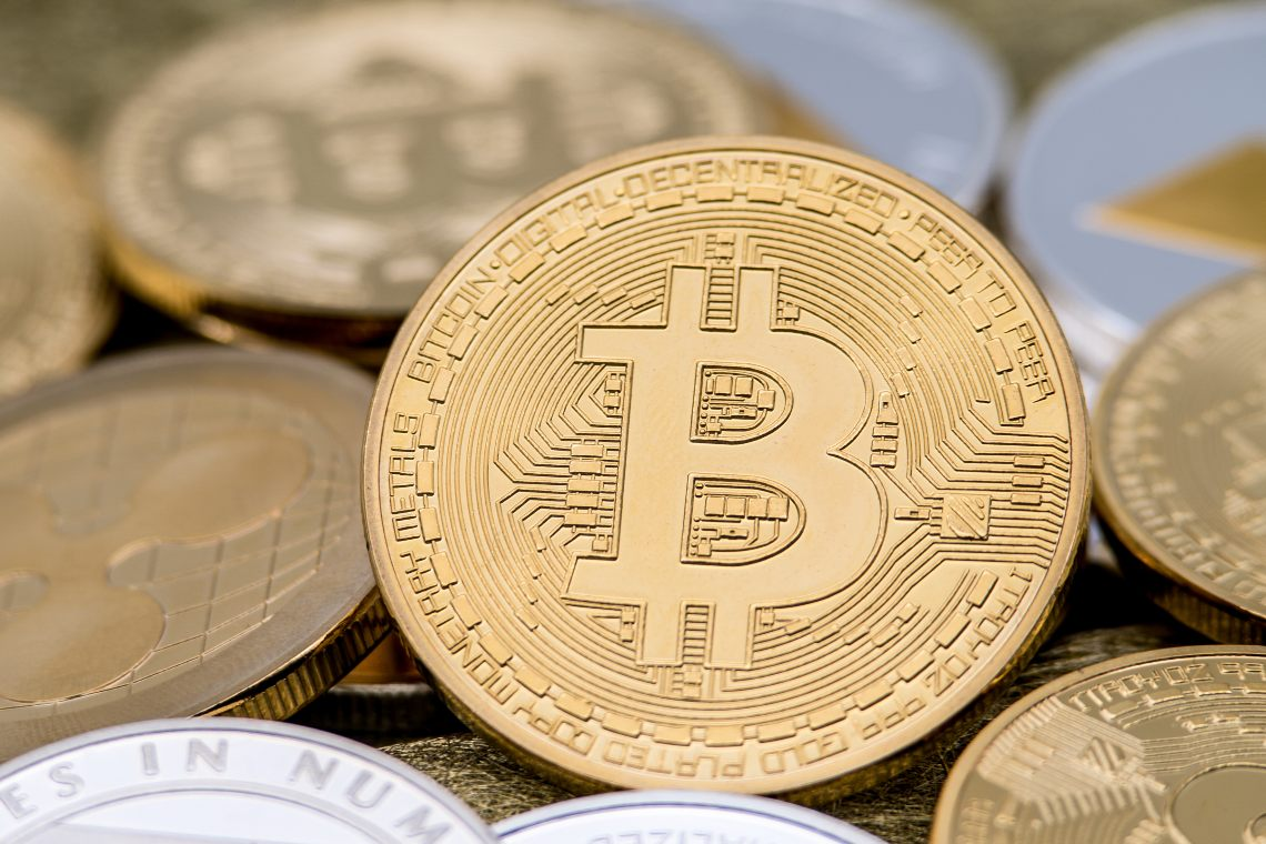 Bitcoin: the number of addresses goes up with the price