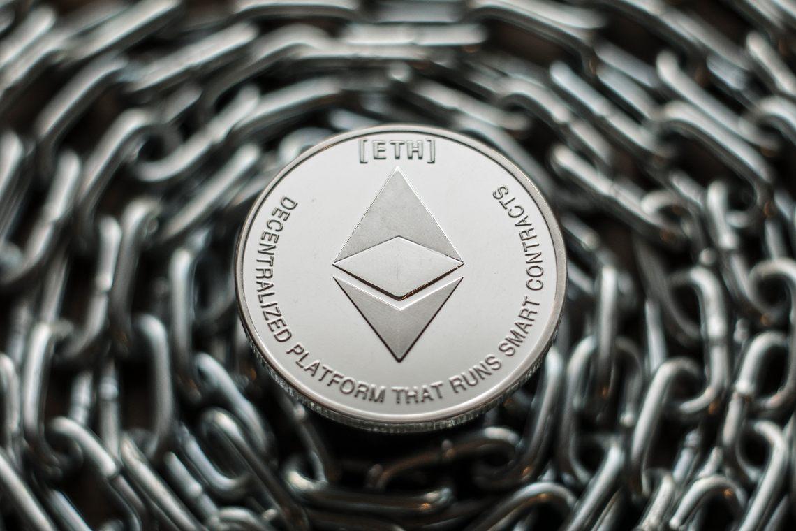 Ethereum: split on Vitalik Buterin's blockchain