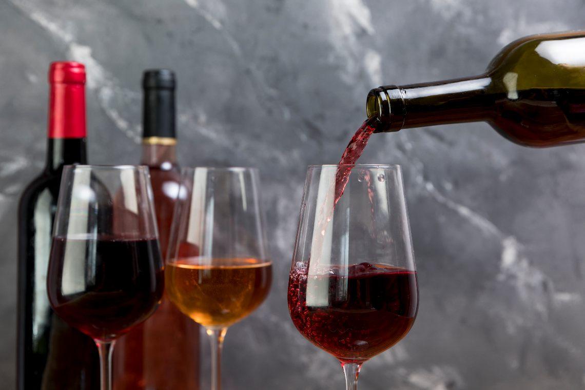 Italian Wine Crypto Bank: marketing and blockchain