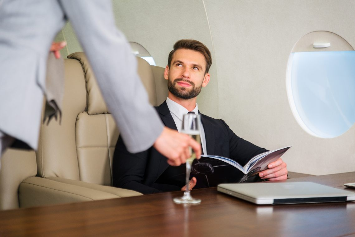 Fast Private Jet, flights for 2 million euros paid in cryptocurrencies