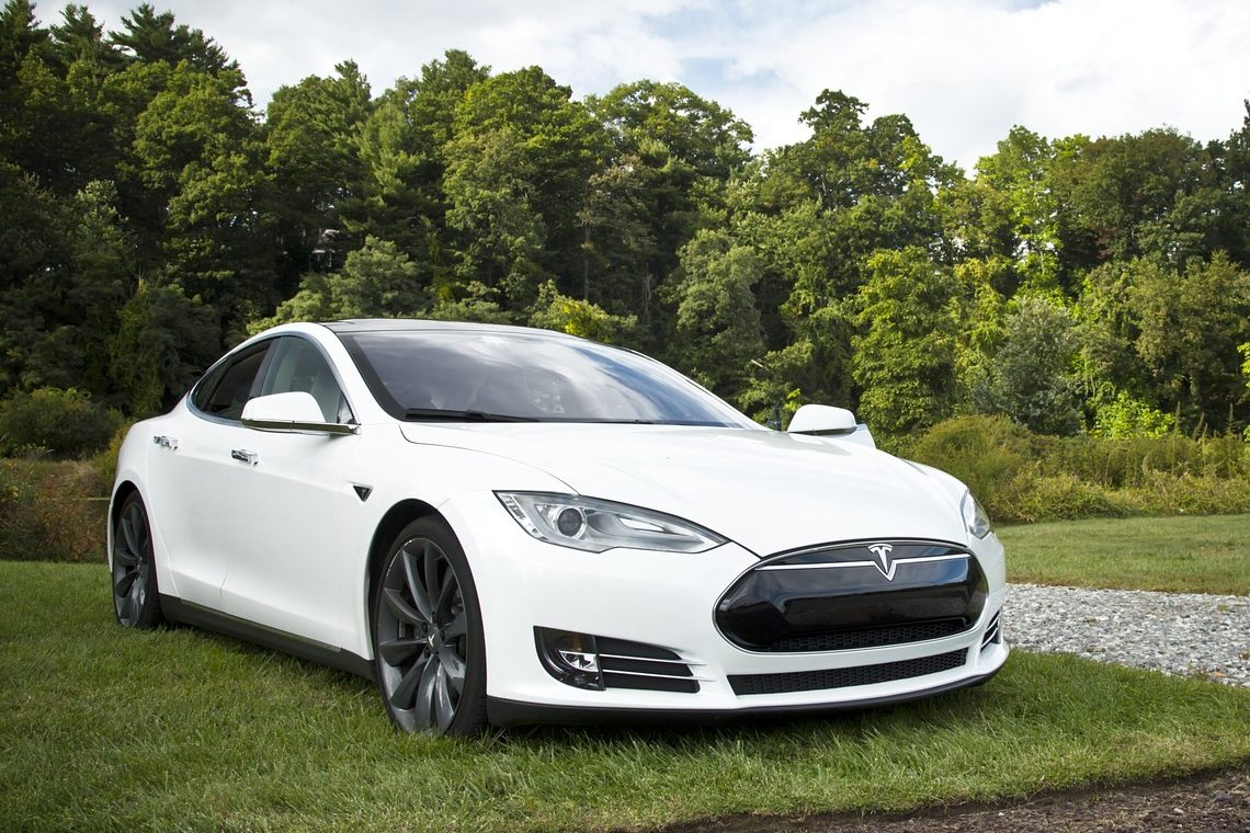 Tesla: stock investments are more popular in Switzerland