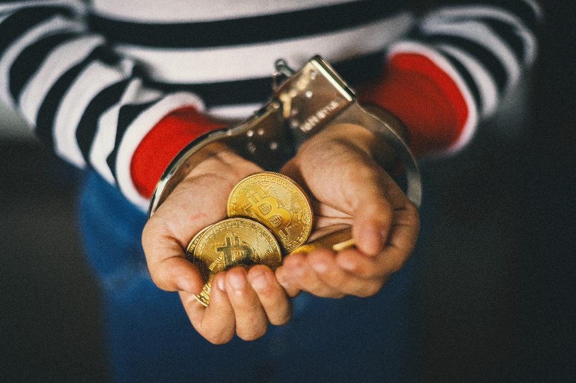 Senator Gasparri: banning Bitcoin in Italy