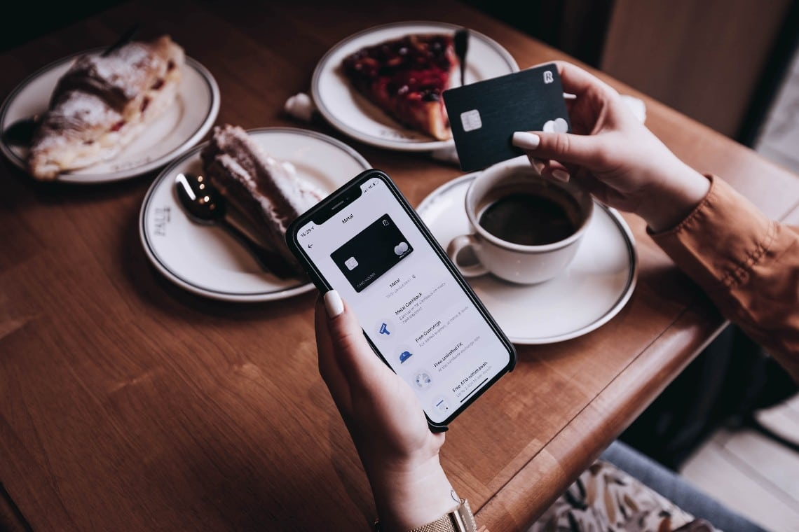 Revolut: the Valentine's Day gift-giving spree