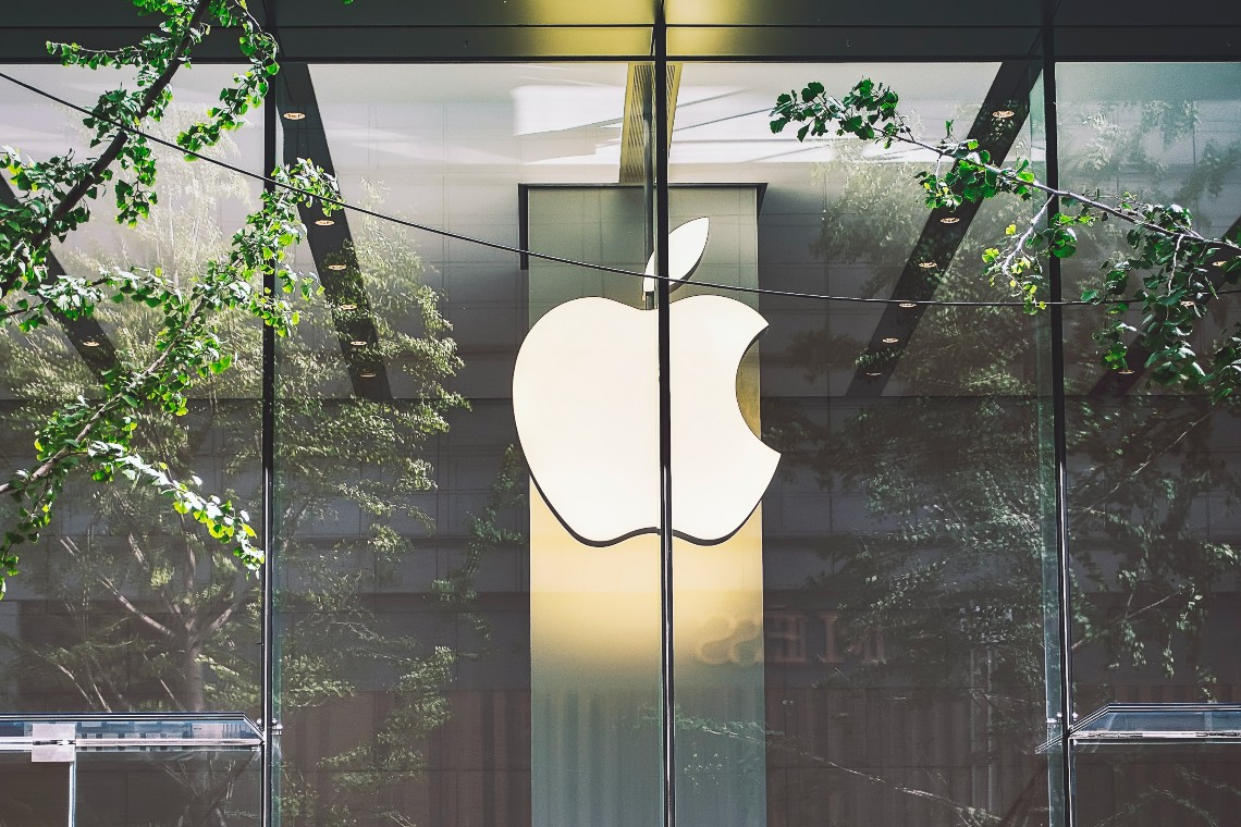 Is Apple ready to buy Bitcoin after Tesla?