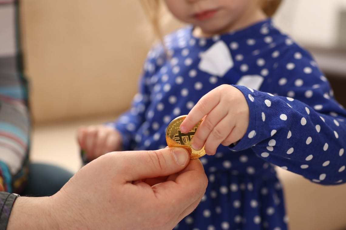 Bitcoin explained by a 3-year-old girl