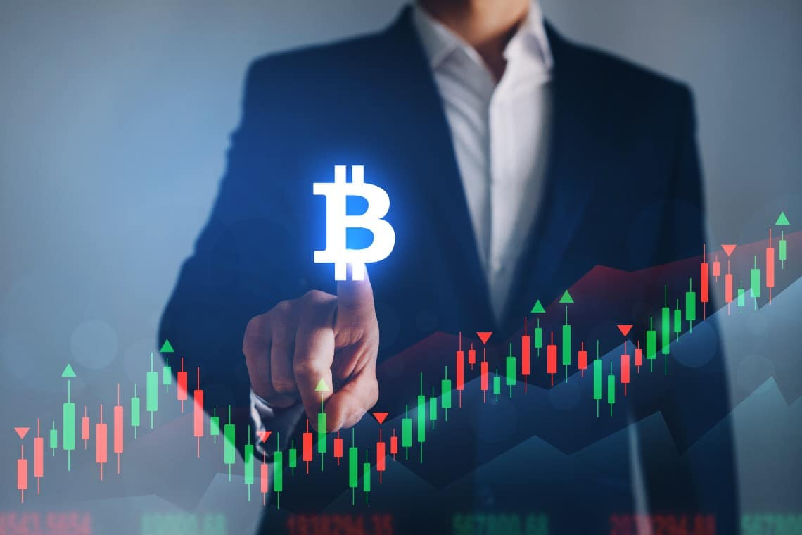 Bitcoin: new historical records every day, now above $51,000
