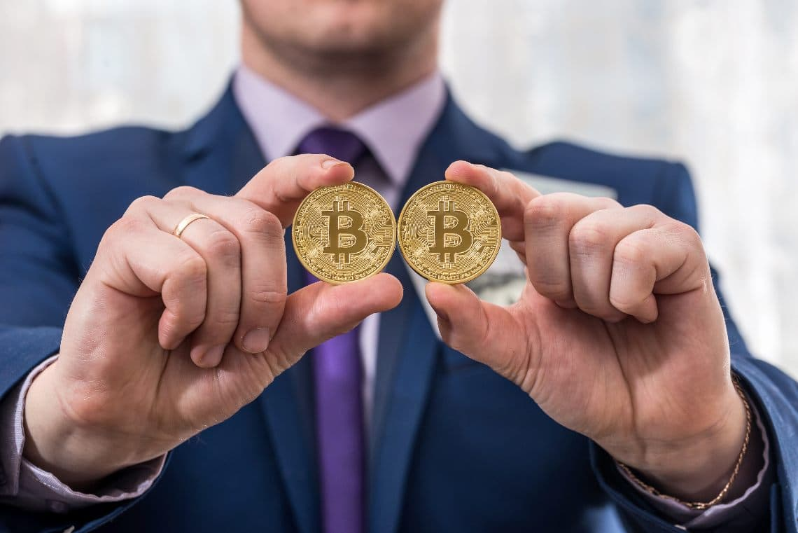 Bitcoin: why are there prices differences on different exchanges?