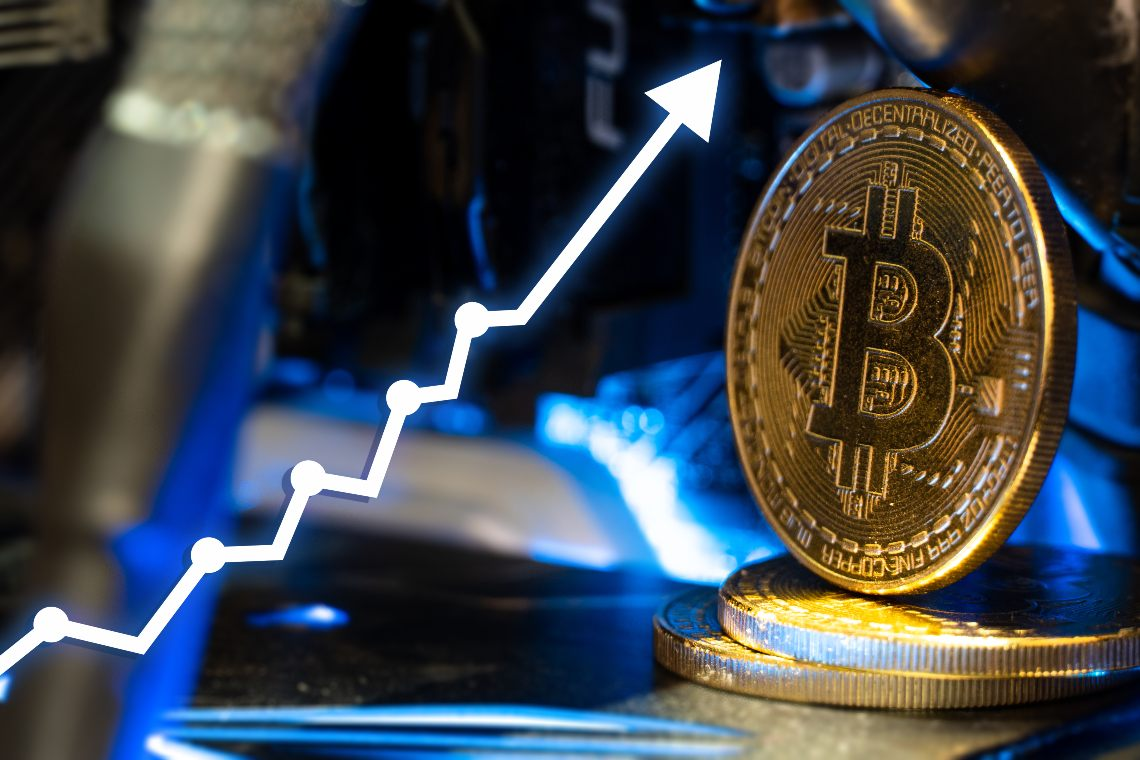 Bitcoin: new record highs over the weekend