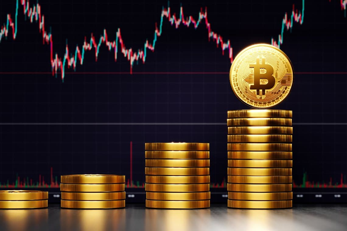 Bitcoin in recovery rises above $52,500