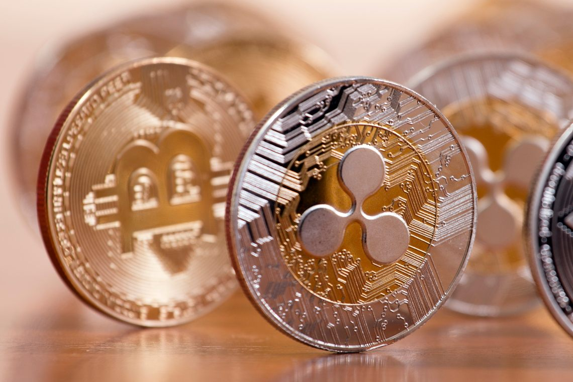 Bitcoin vs Ripple: which is growing more?