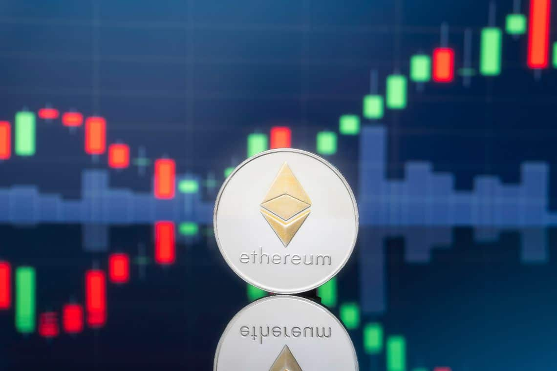 Ethereum: all-time high reached at $2,200