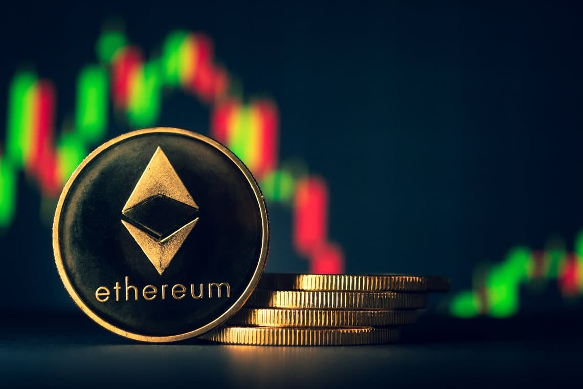 Ethereum: price drops 5% after record highs